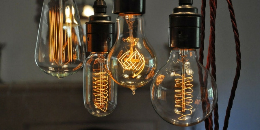 Lighting Design Trend: Carbon Filament Bulbs (aka Edison Bulbs)