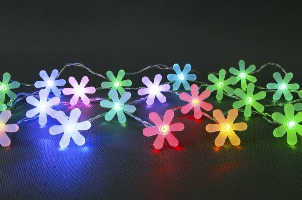 Battery Operated LED 20 X Rainbow Frosted Flower Light Set