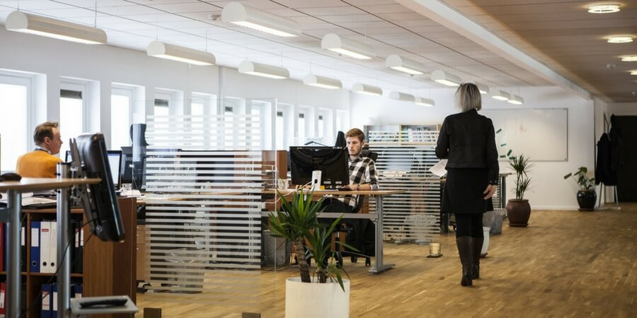 A Quick Guide to Switching to Energy Efficient Office Lighting