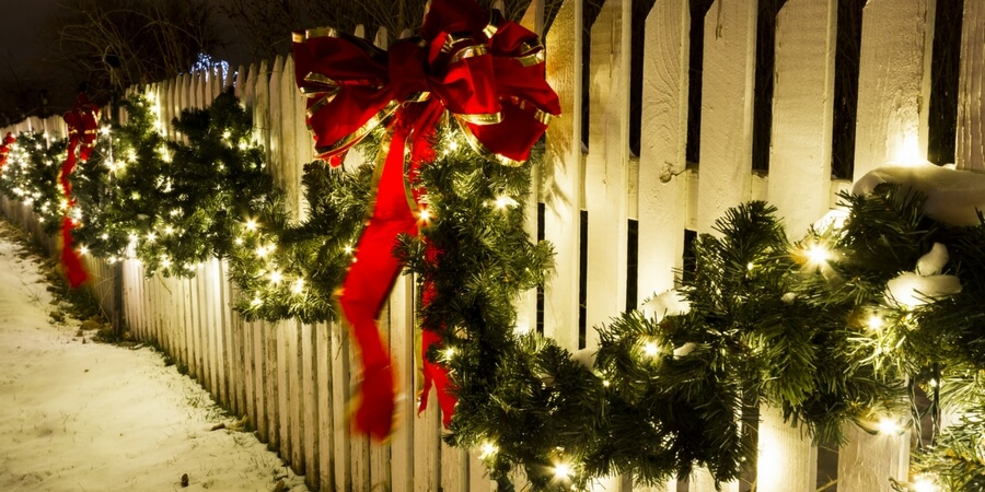 step by step guide outdoor holiday lighting christmas
