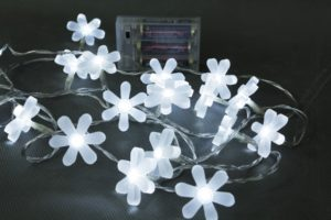 Battery Operated 20 LEDs White Frosted Flower Light Set