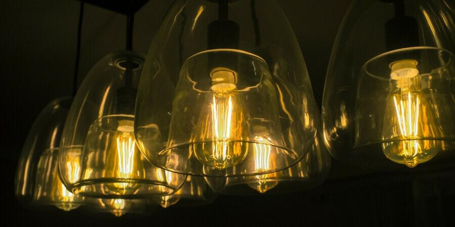 B22 BC Edison ST64 Pear Bulb Squirrel Cage Lamp 40W Tungsten Filament In//Outdoor