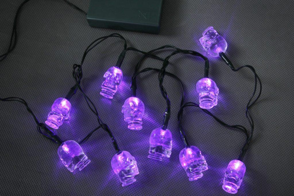 Halloween Battery Operated 10 LEDs Skull String Light Set