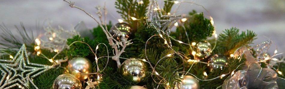 lighted wreath holiday lighting alternatives